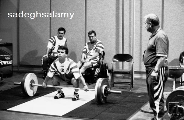 ایوان اباجیف در حال تمرین دادن نعیم سلیمان اوغلوی نوجوان